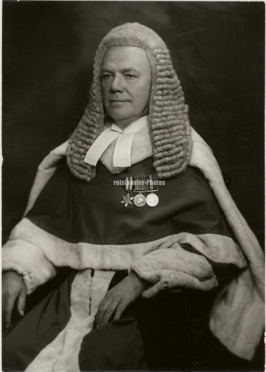 Orig-Photo-Britischer-Richter-Melford-Stevenson-1970